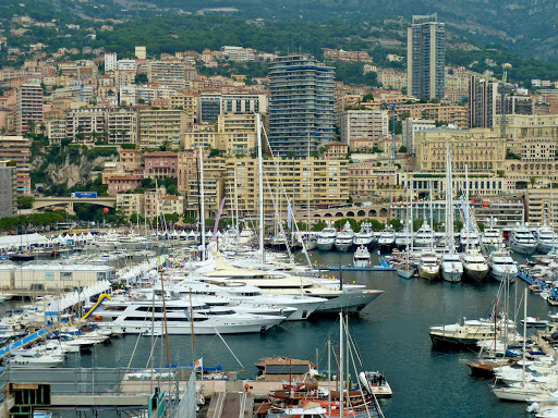 yachts-Monaco - Super-yachts in the marina for the Monaco Yacht Show.