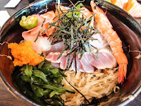 老漁夫 平價生魚片丼飯