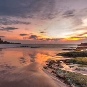 sky sunset by Rob De Eduardo - Landscapes Beaches ( hdr, sunset, long exposure, beach, landscape )
