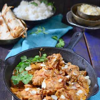 Badami Murg Korma / Chicken in Almond Gravy.