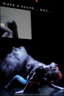 <p> Gesture4 with Jamie Griffiths, Noam Gagnon, Stefan Smulovitz and Vivianne Houle</p>