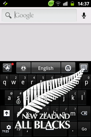 全黑時,鍵盤