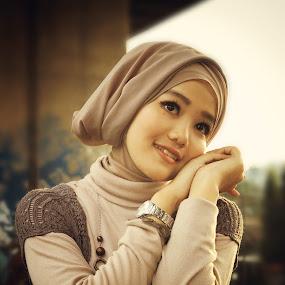 Smile by Taufik Nur Hidayat - People Fashion (  )