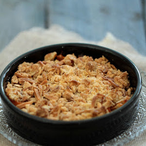 Apricot, Oat, and Almond Crumble Crisp