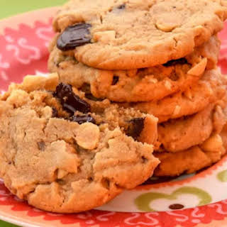 Chewy Peanut Butter, Roasted Peanut & Chocolate Chunk Cookies.