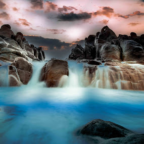 The secret pool by Lourens Lee Wildlife Photography - Landscapes Waterscapes ( waterfalls, waterscape, sunset, seascape, lourens lee, landscape,  )