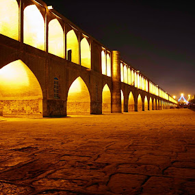 33 Pol - Esfahan - IRAN by Mahdi Shiasi - Buildings & Architecture Bridges & Suspended Structures