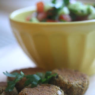 Spicy Baked Falafel with Tahini Aioli (Gluten-Free).