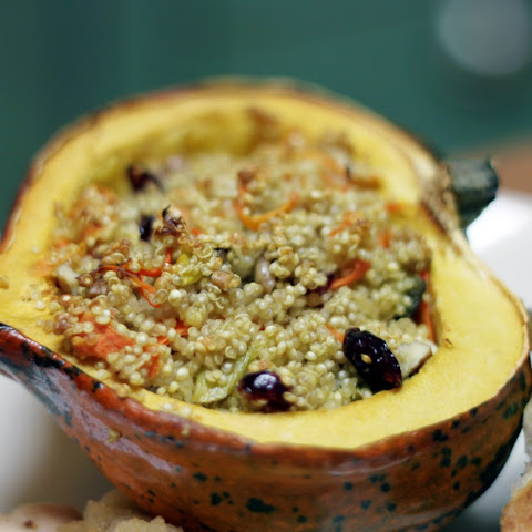 Roasted Acorn Squash with Orzo Stuffing Recipe Rezept | Yummly