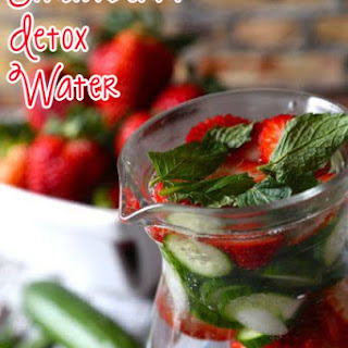 Strawberry Detox Water