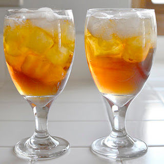 Sparkling Peach Black Tea