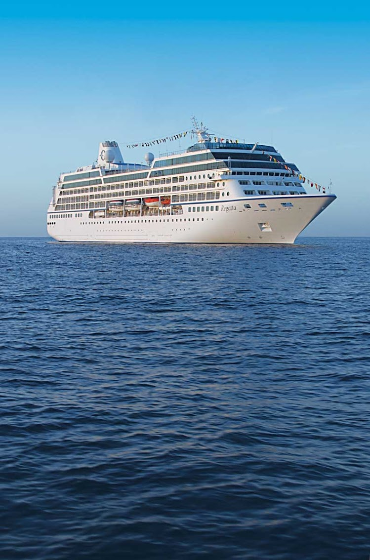 Oceania Regatta boasts luxury staterooms, top-class fitness and spa facilities, eight lounges and bars, a casino and four restaurants for you to enjoy throughout your cruise.