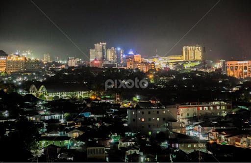 Balikpapan City Skylines At Night Skylines City Street Park
