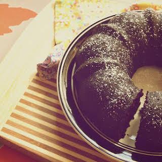 Simple Vegan Chocolate Cake.
