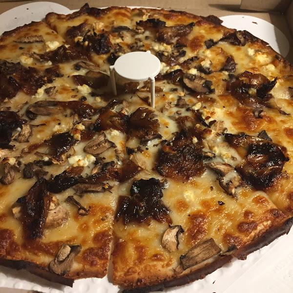 Tuscany 3 mushroom pizza