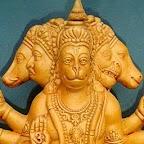 Pray in Hanuman Temple