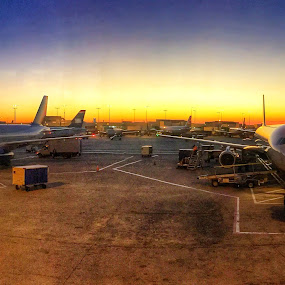 Sunrise at Charlotte Airport by Robert Gallucci - Instagram & Mobile iPhone ( airport, charlotte, sunrise, iphone )