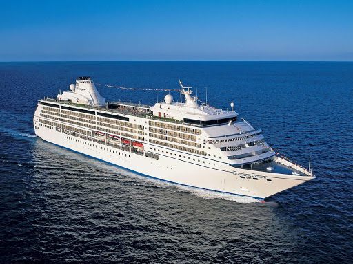 Regent-Seven-Seas-Mariner-at-sea-3 - Sail to your chosen destination in luxury and style aboard Seven Seas Mariner, the world's first all-suite, all-balcony cruise ship.