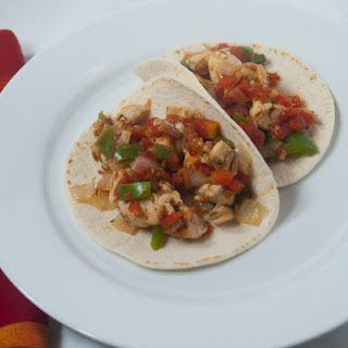 Slow Cooker Fiesta Chicken With Tomatoes