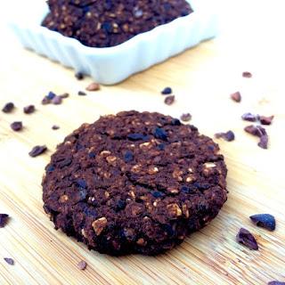 Chocolate Oat Cookies (5-Ingredients!)