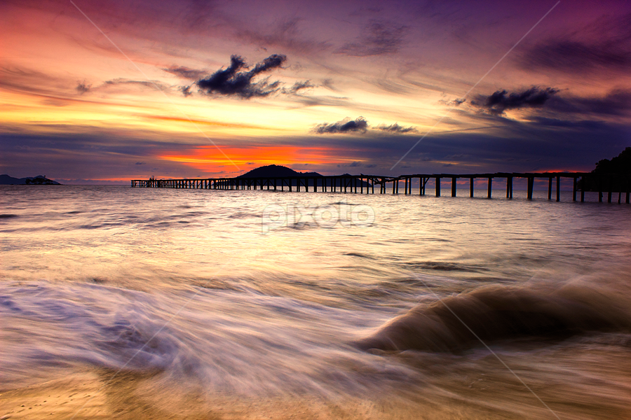 Dermaga Tua by Dany Fachry - Landscapes Waterscapes