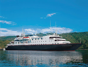 Silver Discoverer follows the routes of ancient seafarers to some of the most isolated parts of Southeast Asia, Australia, New Zealand, Micronesia, Melanesia and the Russian Far East.