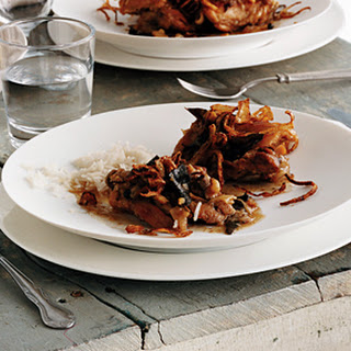 Aromatic Braised Chicken with Fried Onions