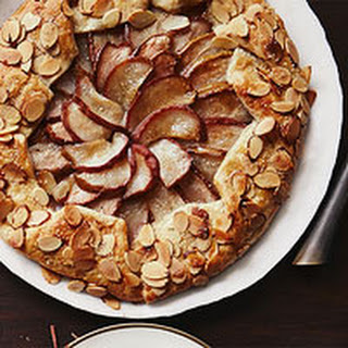 Pear-Vanilla Crostada with Almonds
