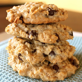 Oatmeal and Chocolate Cookies.