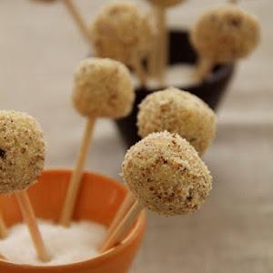 Aperitif Roquefort Cake Ball  Lollipops