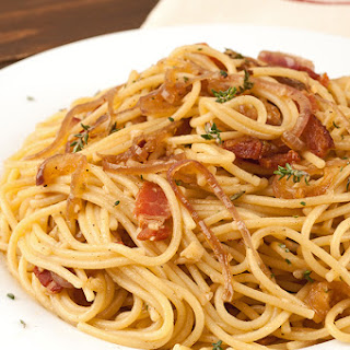 Spaghetti with Bacon, Onion and Thyme