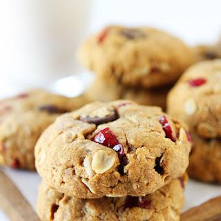 Almond Cranberry Oatmeal Cookies {Vegan}