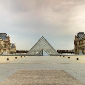 Louvre by Fotografía Melissa Thereliz - Buildings & Architecture Public & Historical ( paris, louvre, pyramid, france, architecture, culture, heritage )