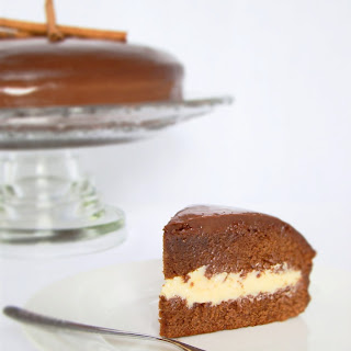 Honey Cake with White Brigadeiro Filling Covered with Chocolate Ganache.