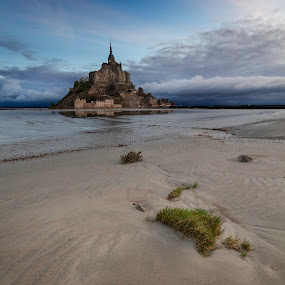 Mont Saint Michel by Steve De Waele - Landscapes Beaches