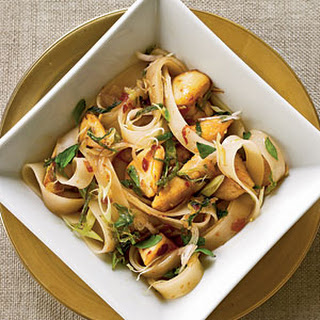 Thai Rice Noodles with Chicken.