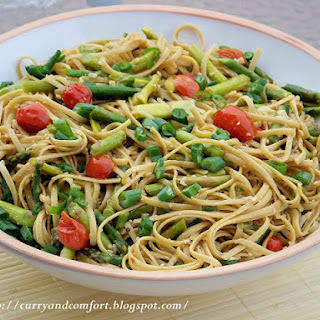 Garlic and Oil Pasta (Aglio Et Olio) with Asparagus