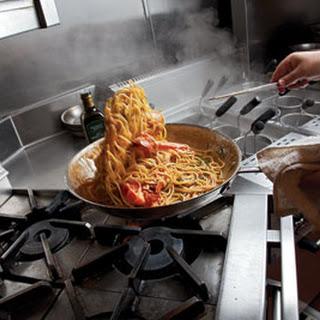 Spaghetti con Gamberi (Spaghetti With Shrimp).