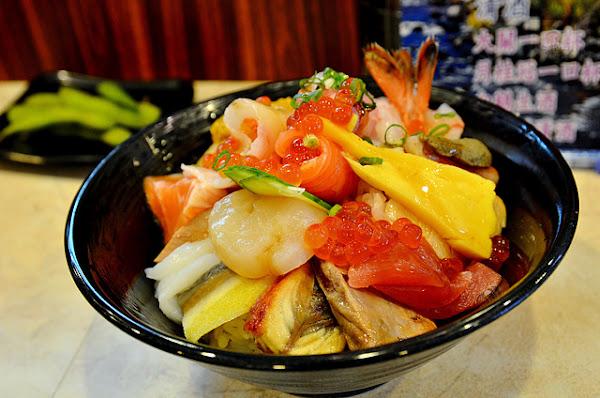 橋壽司~豐盛美味的平價海鮮丼飯,CP值爆高,超級熱門的壽司店,再推炙干貝、炙鮭魚肚、胭脂蝦等壽司