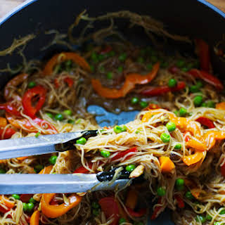 Stir Fried Singapore Noodles with Garlic Ginger Sauce.