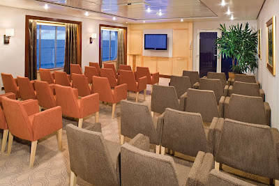 The Conference Room aboard Seven Seas Mariner is the ideal setting for lectures, business meetings or corporate events.