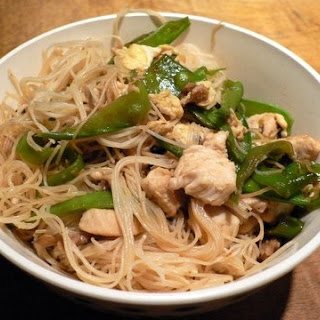 Rice Noodles with Chicken.