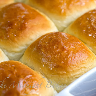 Easy Hawaiian Rolls