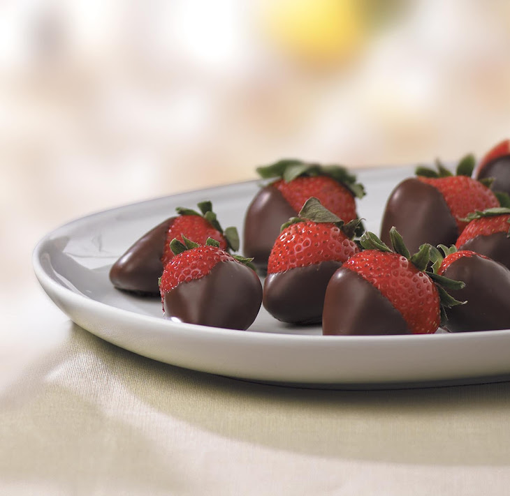 Luscious Chocolate Covered Strawberries Recipe