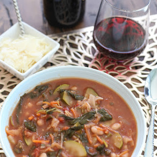 Kale, Spinach, and Bean Soup for #SundaySupper