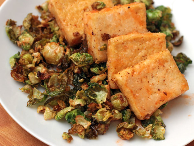 Fried Brussels Sprouts with Sriracha-Honey Sauce Recipe