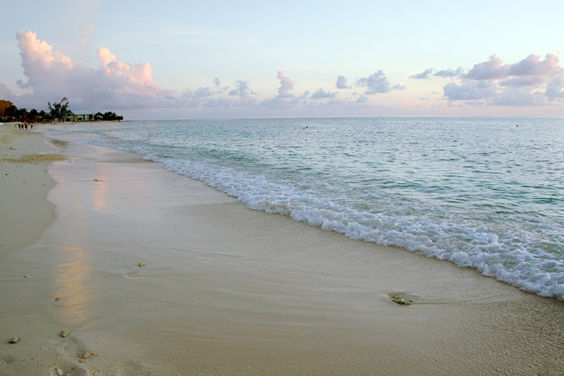 7 Mile Beach on Grand Cayman Island.