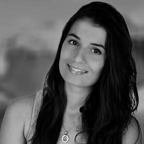 women in Istanbul TURKEY by Ahmet Güler - Black & White Portraits & People ( women in istanbul turkey, woman, b&w, portrait, person, Emotion, human, people, Model, Portrait, Untouched, Unedited, Non-photoshop, , best female portraiture )