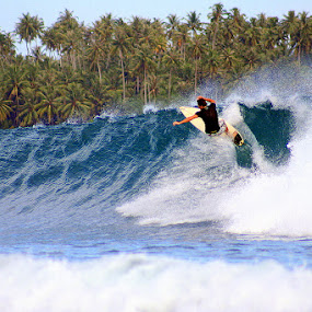 Riding the waves by Leong Jeam Wong - Sports & Fitness Surfing ( surfing, surf board, waves, surf, teluk dalam, nias )