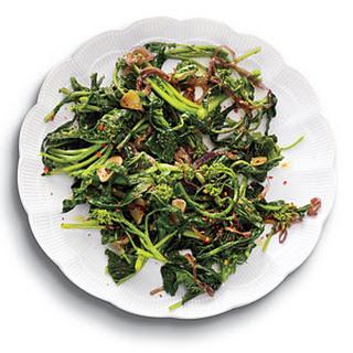 Spicy Sautéed Broccoli Rabe with Garlic